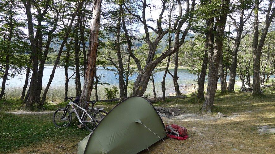 Bivouac au lac Villarino